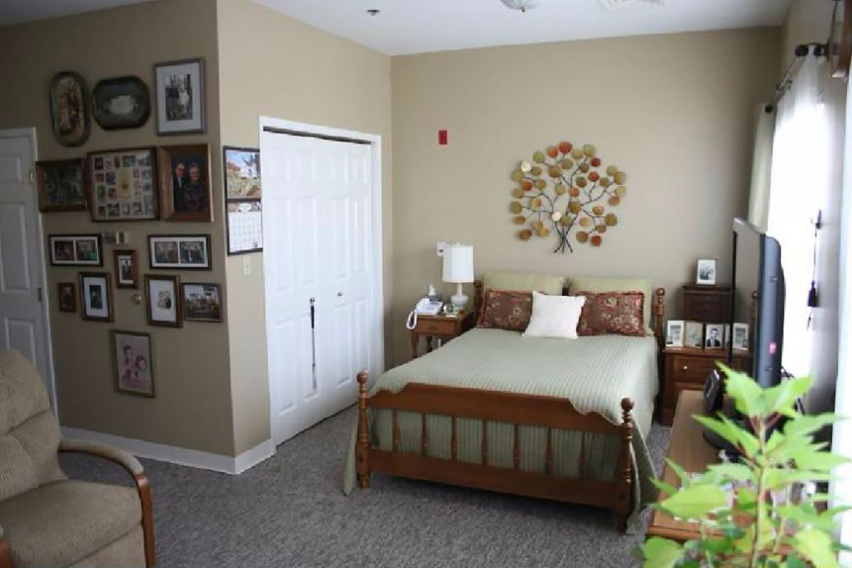 Assisted Living in Murray, KY | Hickory Woods Senior Living